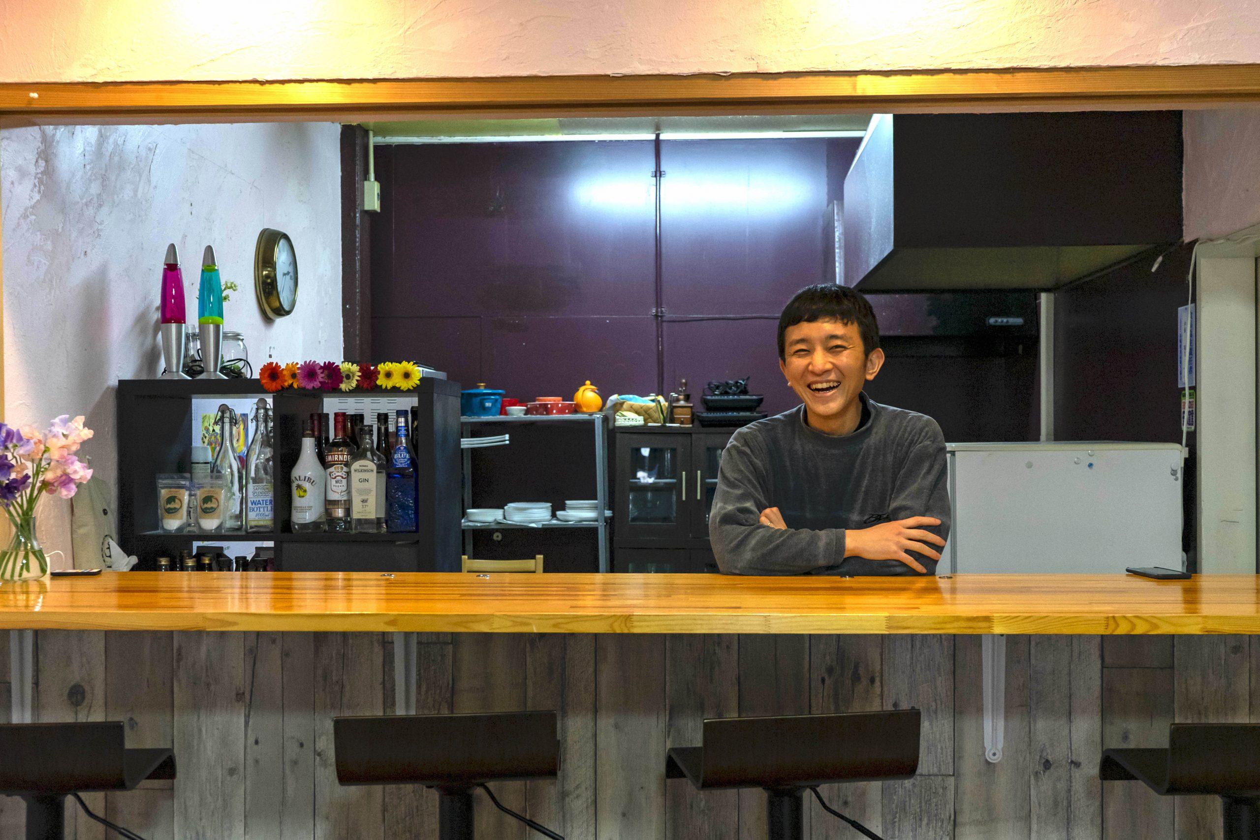 場所を分け合って、楽しみを分かち合う。「シェア型カフェ&バー 360」を運営する後継者を募集!