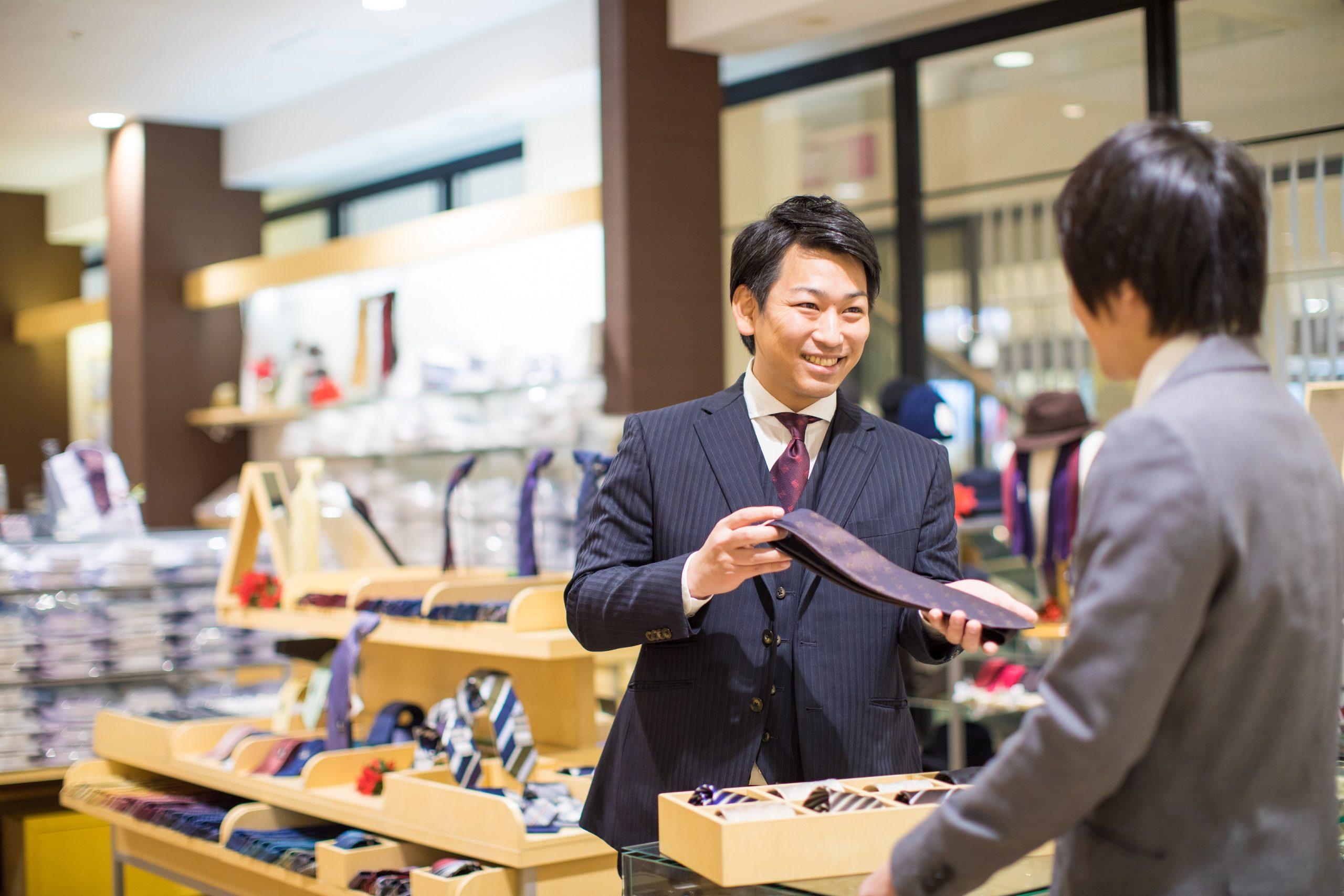 3代目は新進気鋭のネクタイ職人。お客も作り手も幸せになる縫製で未開の地を切り開く