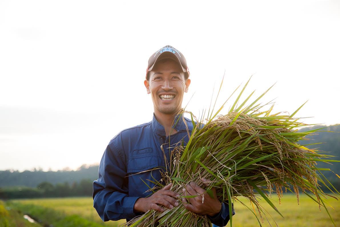 親への反抗、海外一人旅を経てたどり着いた無農薬栽培への道。農家は「究極のサービスマン」